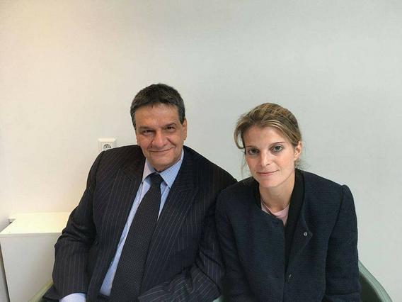 Ο Αλέξης Μανθεάκης μιλά για την  κούκλα από ατσάλι  Αθηνά Ωνάση και της ζητά συγνώμη [photos]