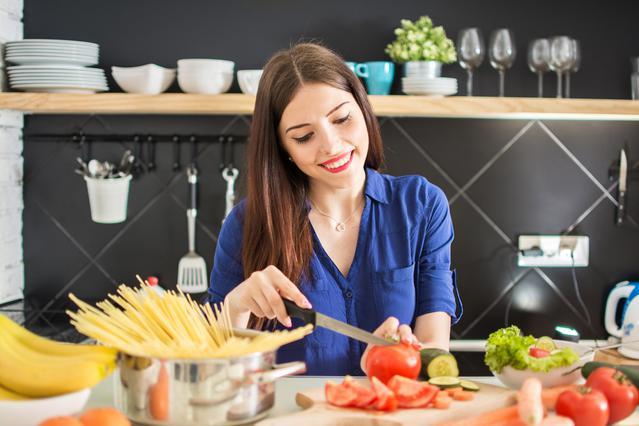 Με αυτά τα υλικά στο μαγείρεμα μειώνεις τις θερμίδες!