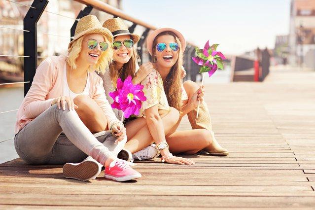 3 προτάσεις για να γιορτάσεις με φίλες την ημέρα της γυναίκας