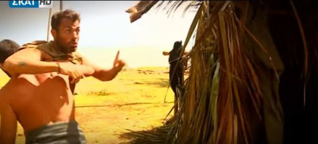 Ο Χανταμπάκης χάνει την ψυχραιμία του: Καβγάς με Σπαλιάρα & ξύλο με Αγγελόπουλο [vds]