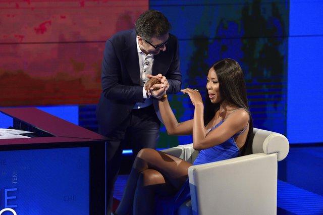 Ναόμι Κάμπελ: Γιατί έβαλε τα κλάματα σε τηλεοπτική εκπομπή; [photos]
