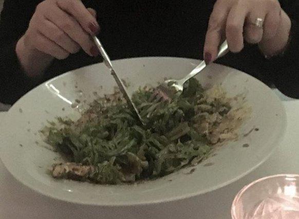 Ρούλα Κορομηλά: Μάντεψε τι τρώει!