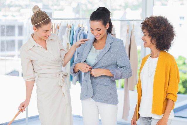 Μήπως φοράς λάθος τα σακάκια; Το μυστικό που δεν ήξερες για τις ραφές