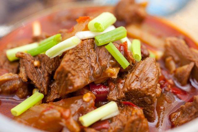 Tips για το πιο γευστικό κοκκινιστό! Μάθε τα κόλπα