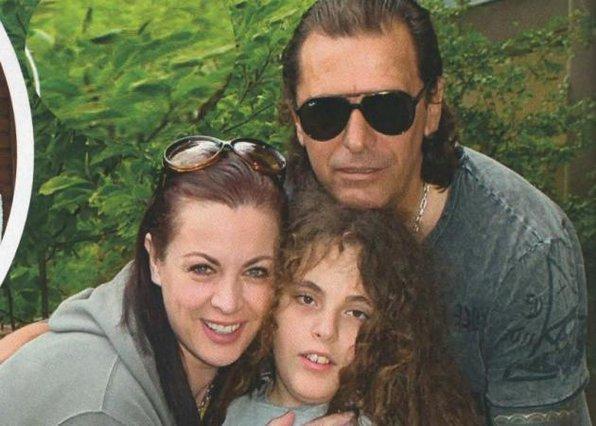 Νένα Χρονοπούλου: Το ξέσπασμα για τον γιο της στο πρώτο selfie video [vds]