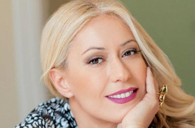 Δες τη Μαρία Μπακοδήμου χωρίς ίχνος μακιγιάζ