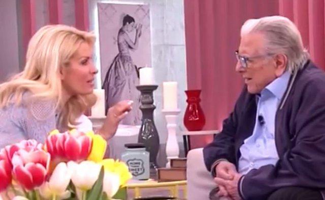 Η απίστευτη ερώτηση της Μενεγάκη στον Βουτσά & το πέσιμο στην ωραία Ελένη [vds]