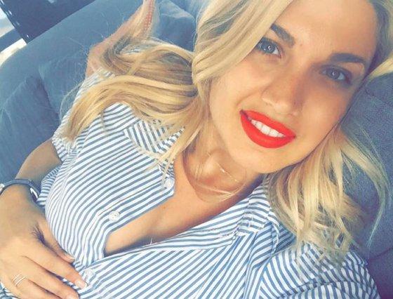 Κωνσταντίνα Σπυροπούλου: Δες πως είναι τα μαλλιά της χωρίς τα extensions [photos]