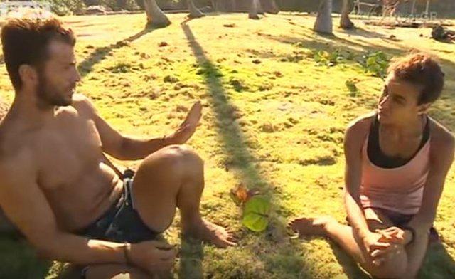 Ο Αγγελόπουλος δίνει μαθήματα στρατηγικής στην Ειρήνη Παπαδοπούλου