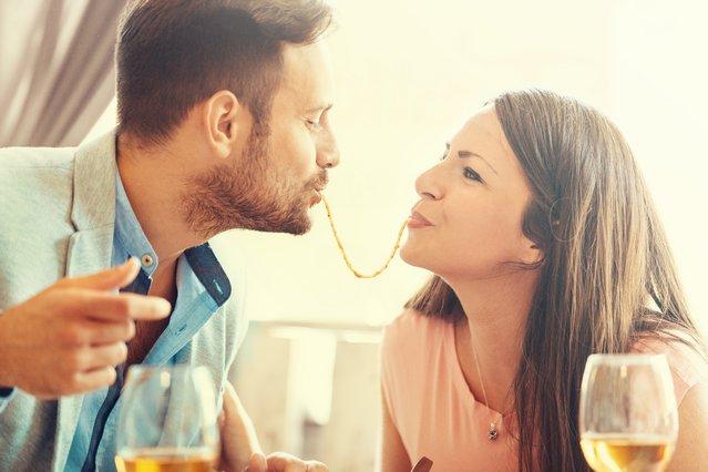 Τι να φας στο ραντεβού & 5 σούπερ προσφορές για οικονομική έξοδο!
