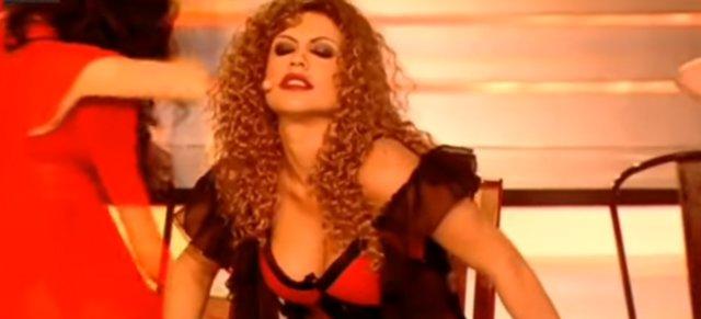 Η Κόνι Μεταξά όπως δεν την έχεις ξαναδεί: Έκλεψε την παράσταση στο YFSF [vds]
