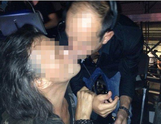Ιιι σοκ(ιι): Ο Ψινάκης φίλησε στο στόμα τον...