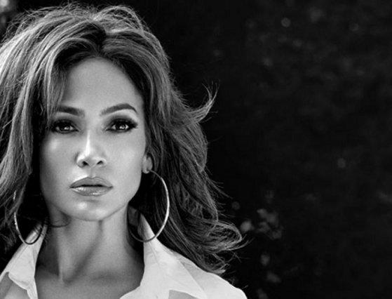 <p>&nbsp;Jennifer Lopez: Η 48χρονη star βίωσε την απάτη από τον σύντροφο της</p>  <p>&nbsp;</p>
