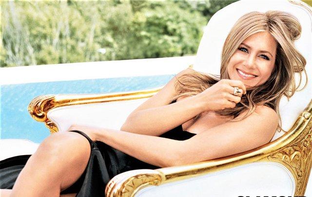 Τρία βήματα για να αποκτήσεις τα λαμπερά μαλλιά της Jennifer Aniston