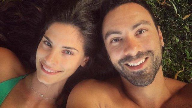 Σάκης Τανιμανίδης - Αποκαλύπτει την ημερομηνία του γάμου του με μία σέξι selfie!