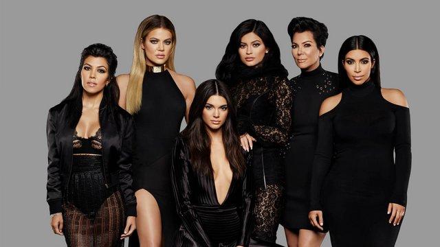 The Kardashians: Κλείνουν όλα τα  Dash  καταστήματα τους