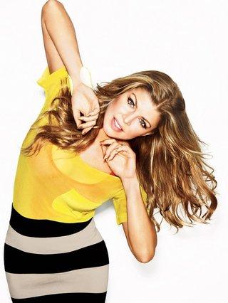 Η Fergie τιμά τους Έλληνες σχεδιαστές – Τίνος φόρεμα επέλεξε για τη συναυλία της;