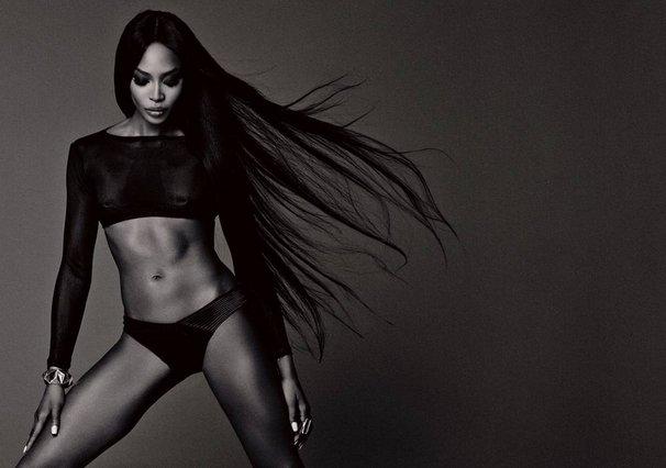 Naomi Campbell - Είναι έγκυος στα 48 της;!