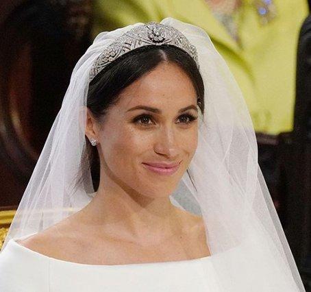 Meghan Markle: Όλα όσα θέλεις να ξέρεις για το μακιγιάζ και το χτένισμα της νύφης