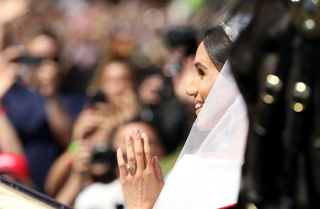 Καμία Meghan Markle: Ο μπόμπιρας που έκλεψε την παράσταση στον βασιλικό γάμο και έγινε viral!