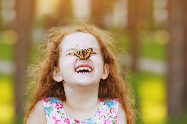 6 μυστικά για να μεγαλώσεις ένα ευτυχισμένο παιδί