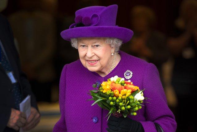 Είναι επίσημο: Ιδού ποια θα είναι βασίλισσα μετά τον θάνατο της Ελισάβετ
