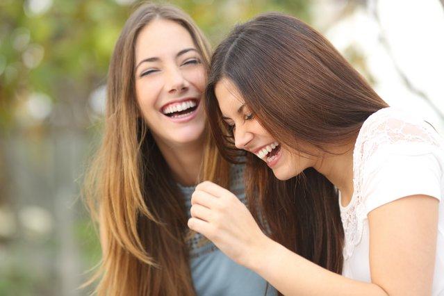 Έχεις αδερφή; Να τι σημαίνει αυτό για τη ψυχολογία σου
