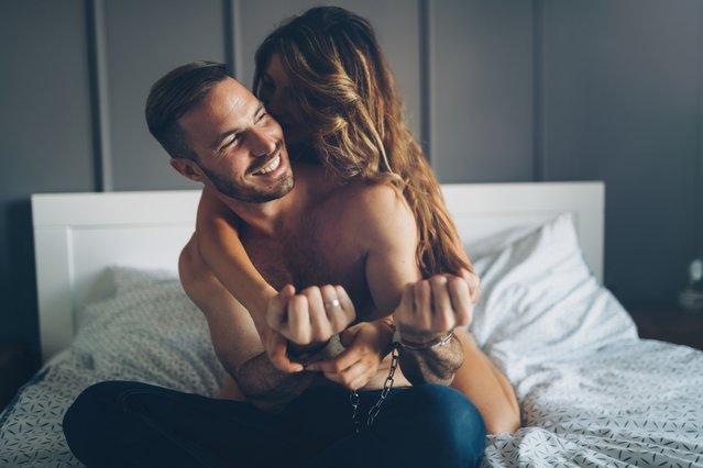 5 αμήχανες στιγμές στο σεξ και πώς μπορείς να τις διαχειριστείς