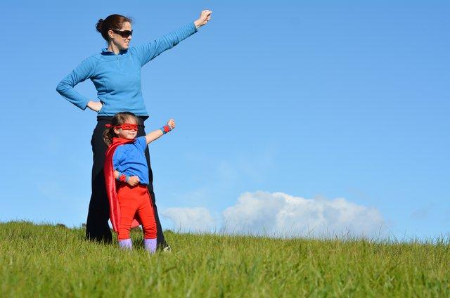 10  μαγικές  εκφράσεις για να τονώσεις την αυτοεκτίμηση του παδιού σου