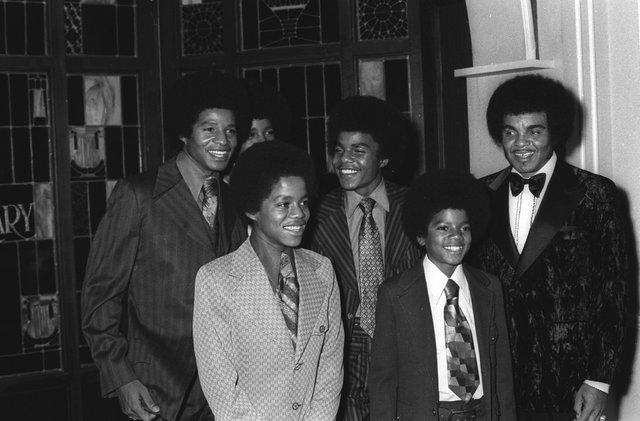 Πέθανε ο πατέρας του Michael Jackson -Το προφητικό τιτίβισμά του
