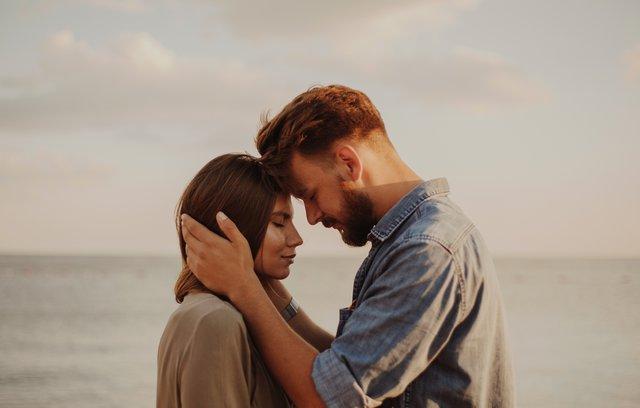 Ερωτεύεσαι συνέχεια το λάθος άτομο; 8 τρόποι για να μη σου ξανασυμβεί