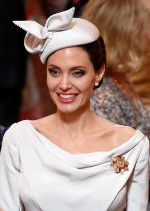 Angelina Jolie - Λατρέψαμε αυτό το look της και θα το υιοθετήσουμε άμεσα!
