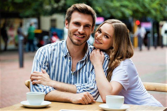 Ομάδες dating ιστοσελίδες UK