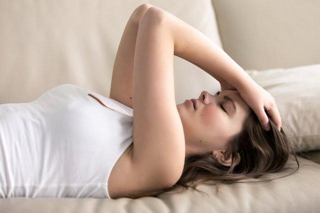 Έχεις πονοκέφαλο; 9 πιθανοί παράγοντες που τον προκαλούν