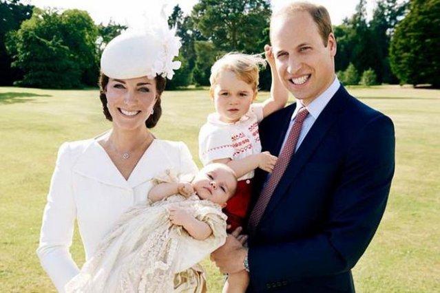 Kate και William: Απίστευτα ντοκουμέντα από τις βαπτίσεις τους και τρεις σημαντικές ημερομηνίες [video]