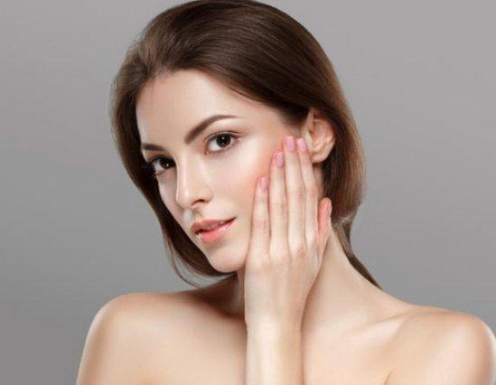 Θέλεις λαμπερό και υγιές δέρμα; Να τι πρέπει να τρως