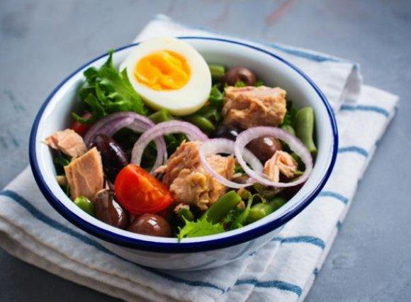 Καλοκαιρινές συνταγές που δεν χρειάζονται μαγείρεμα