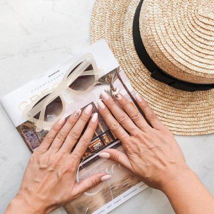 10 κομψά nude manicures για την τελευταία εβδομάδα του Ιουλίου