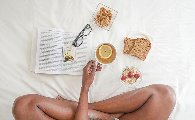 7 πρωινές συνήθειες που θα σου φτιάξουν τη μέρα -και τη ζωή