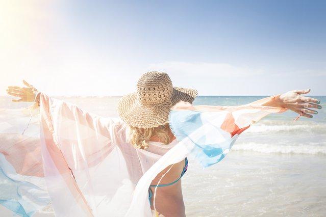 13 τρόποι με τους οποίους η υγεία σου επωφελείται από την ήλιο