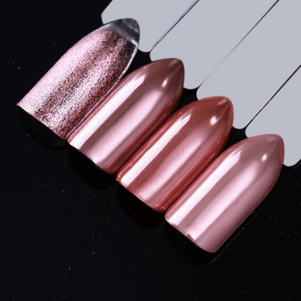 Mirror nails: Το manicure που έχει την τιμητική του και το καλοκαίρι