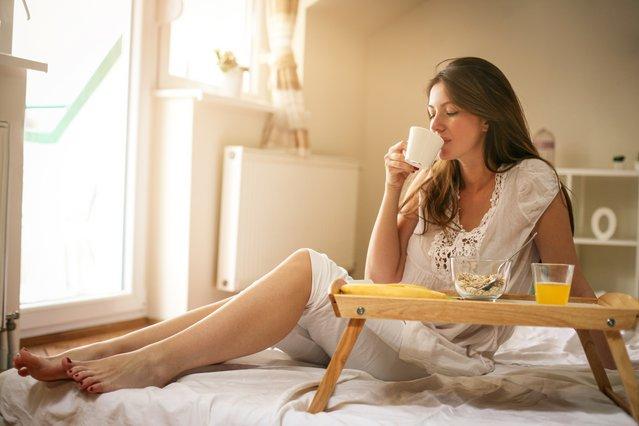 Τα σημάδια που μαρτυρούν πως πίνεις υπερβολικά πολύ καφέ