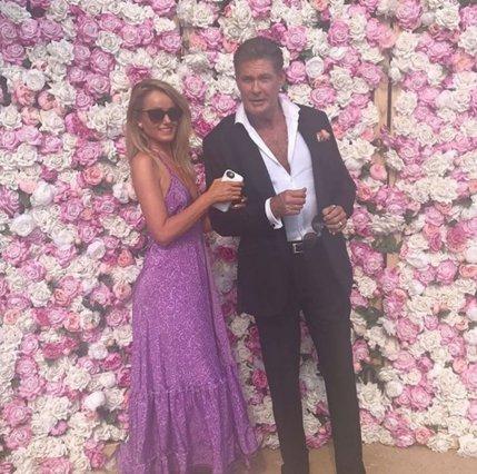Γαμπρός ο 66χρονος David Hasselhoff: Η πρώτη φωτογραφία με την 38χρονη σύζυγό του
