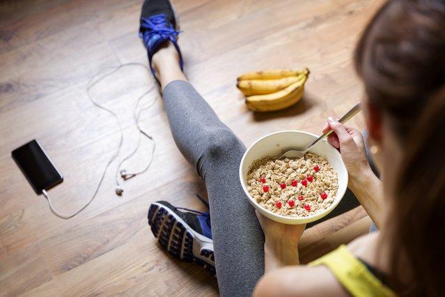 Φαγητό πριν από το γυμναστήριο; Αυτές οι τροφές  καίνε  περισσότερο λίπος