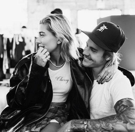 Justin Bieber - Hailey Baldwin: Να γιατί έβαλαν τα κλάματα στη μέση του δρόμου