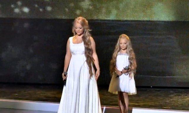 Απίστευτη ερμηνεία! Οι δύο αδελφές που καθήλωσαν το κοινό τραγουδώντας Mariah Carrey