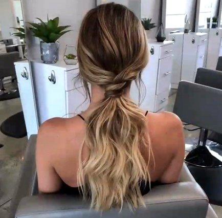 Το πιο ρομαντικό ponytail είναι υπόθεση τριών λεπτών! Θα το δοκιμάσεις;