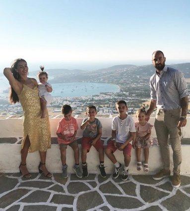Βασίλης Σπανούλης - Ολυμπία Χοψονίδου: Οι φωτογραφίες από τη βάφτιση του 5ου παιδιού τους