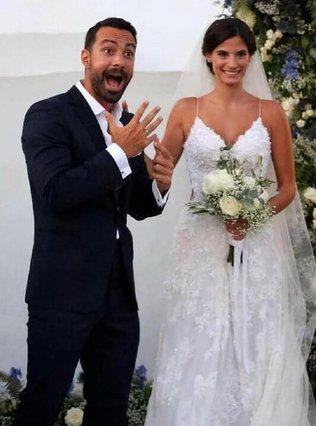Σάκης Τανιμανίδης - Χριστίνα Μπόμπα: Οι καλύτερες στιγμές από το γαμήλιο πάρτυ τους