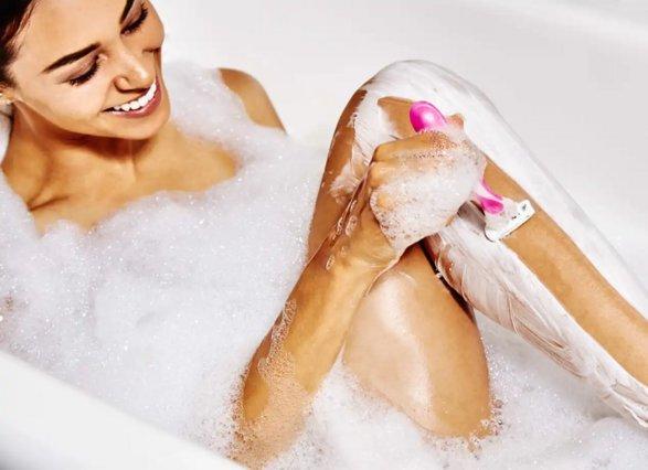 Τα 3 βασικά λάθη που κάνεις στο ξύρισμα και ερεθίζεις το δέρμα σου